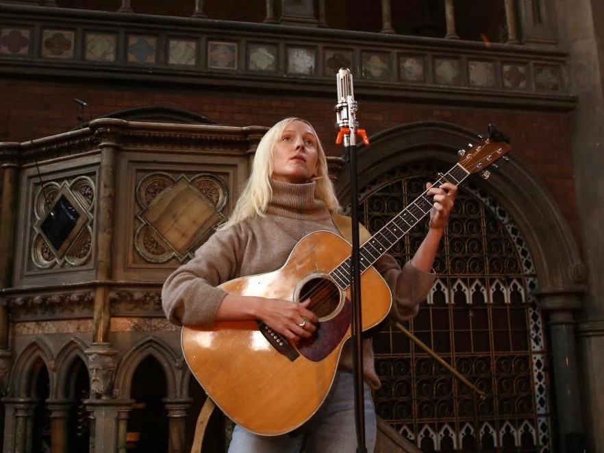 Laura Marling at Union Chapel, with Extinct Audio BM9 ribbon microphone