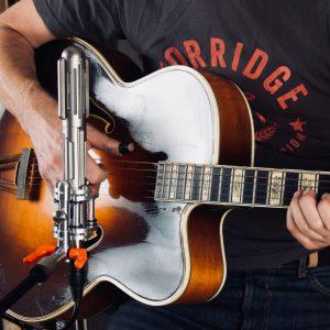 Val-Guitar-1